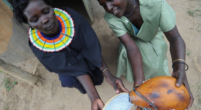 Lo yogurt dei Pokot con la cenere, Kenya (Presidio Slow Food)